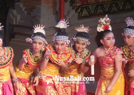 Nusabali.com - lkb-saraswati-jakarta-tampil-memukau-di-pkb