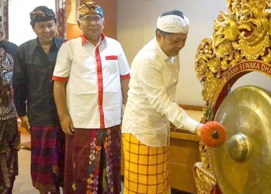 Nusabali.com - rai-mantra-buka-seminar-paiketan-yowana-kota-denpasar