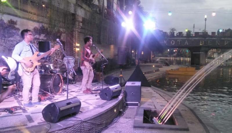 www.nusabali.com-road-show-bali-blues-festival-hibur-pengunjung-taman-kumbasari-tukad-badung