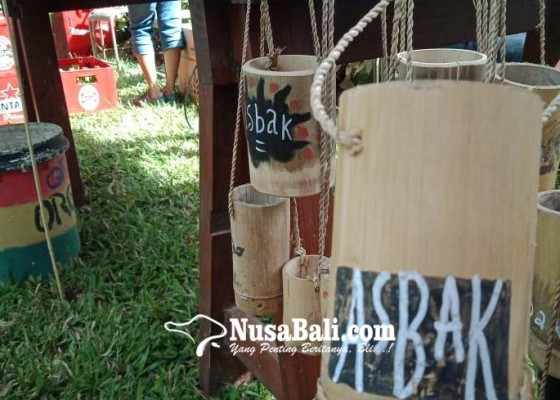Nusabali.com - yayasan-sepit-patroli-sampah-di-festival-tepi-sawah