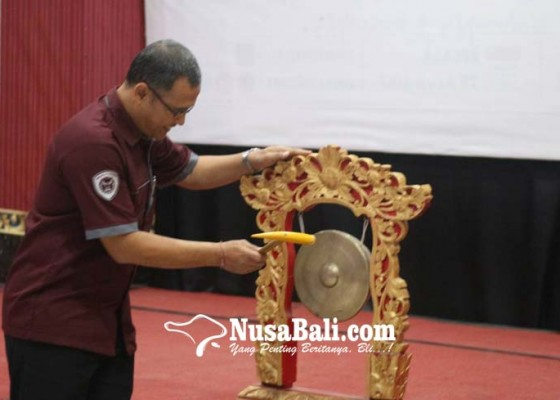 Nusabali.com - show-your-skill-with-sportivity-and-solidarity-di-pekan-olahraga-stiki-ii