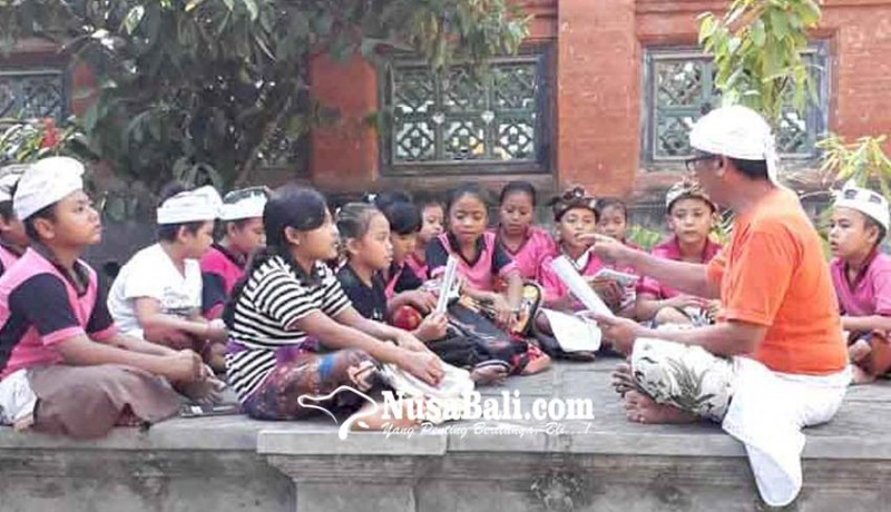www.nusabali.com-pasraman-desa-sengkidu-diikuti-100-siswa