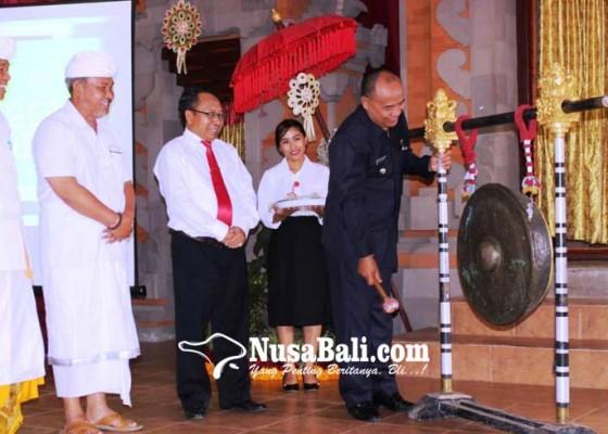 Nusabali.com - bank-pasar-terapkan-transaksi-non-tunai