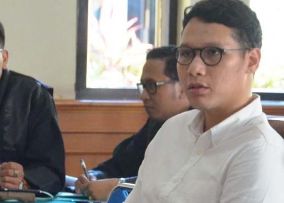 Nusabali.com - pilot-pencuri-jam-tangan-divonis-ringan