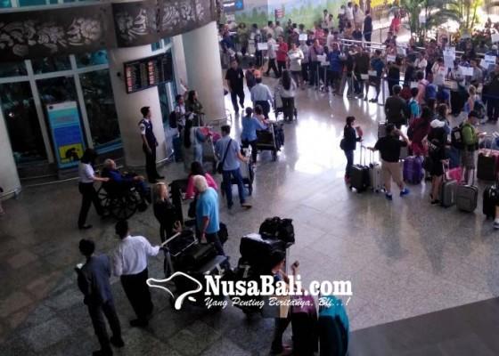 Nusabali.com - telat-akan-kena-denda-rp-1-juta-sehari