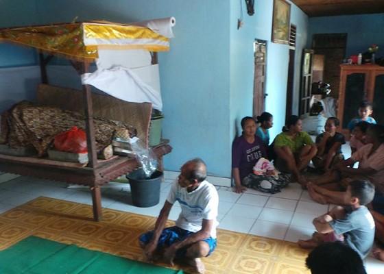 Nusabali.com - siswi-hamil-tewas-tenggak-racun