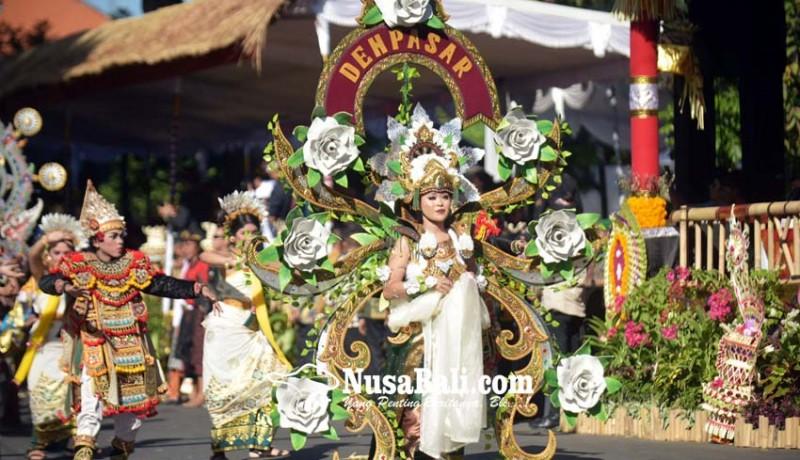 www.nusabali.com-sekaa-berbusana-monyer-hingga-bau-mangsit