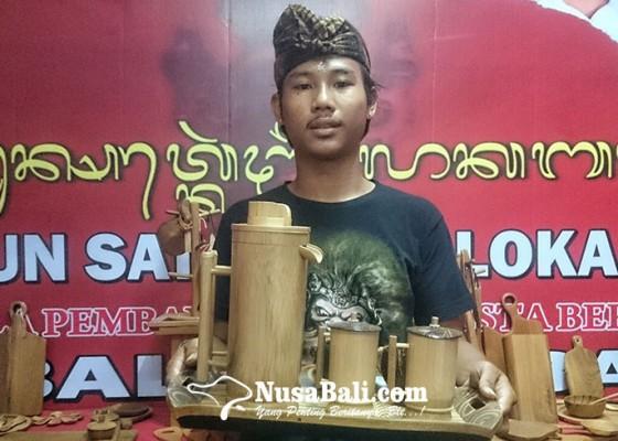 Nusabali.com - ini-peralatan-dapur-alternatif-pengganti-plastik-ramah-lingkungan-yang-dipamerkan-di-pkb-2019