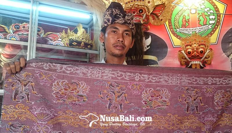 www.nusabali.com-semarakkan-pkb-2019-putri-ayu-produksi-tenun-songket-hanoman-edisi-terbatas