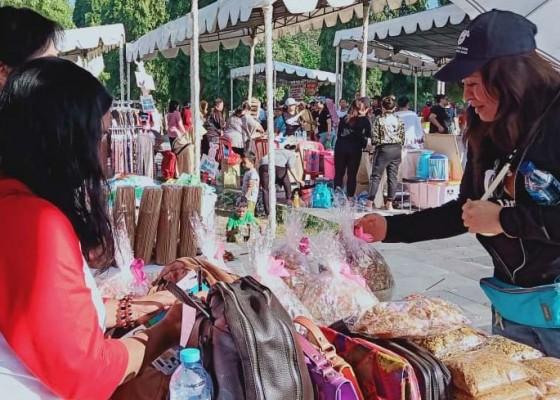 Nusabali.com - semarak-galungan-fair-dan-hari-anak-nasional-bersama-luwes-gallery