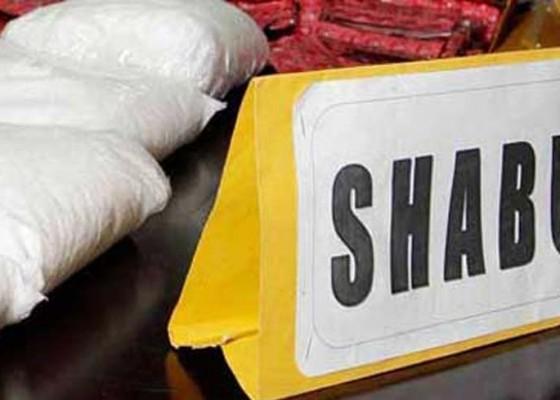 Nusabali.com - edarkan-shabu-dua-pedagang-ayam-dijuk