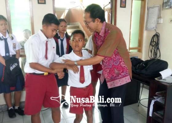 Nusabali.com - siswa-lumpuh-ikuti-mpls