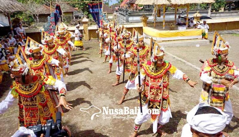 www.nusabali.com-pasemetonan-dadia-melaspas-piyadnyan