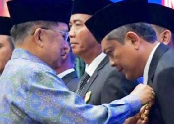 Nusabali.com - keren-wali-kota-denpasar-ib-mantra-dapat-penghargaan-satyalencana