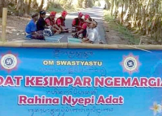 Nusabali.com - nyepi-adat-di-desa-kesimpar-abang-12-sekolah-dan-4-kantor-perbekel-tutup