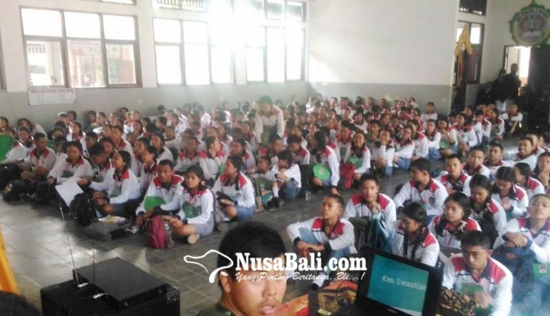 www.nusabali.com-mpls-sman-2-bangli-diisi-sosialisasi-bahaya-narkoba