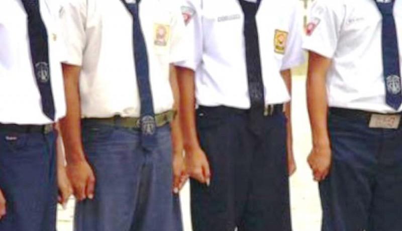 www.nusabali.com-4-siswa-baru-dialihkan-ke-smp-lain