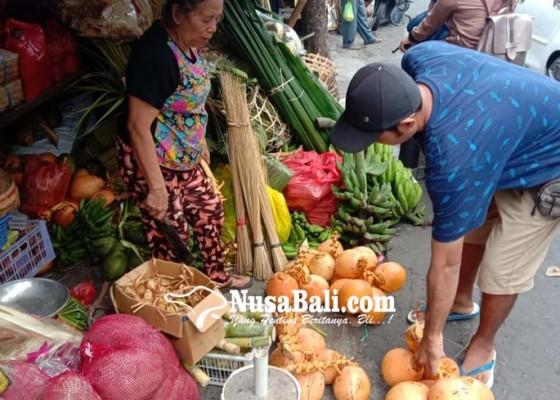 Nusabali.com - stok-babi-melimpah-bahan-upacara-melonjak