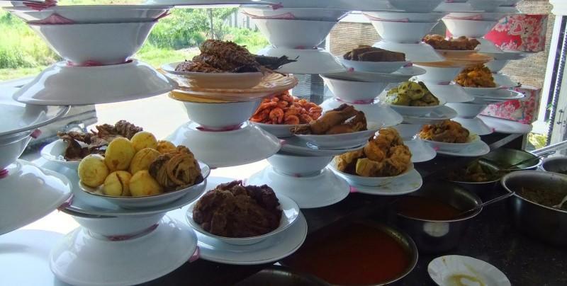 www.nusabali.com-rumah-makan-padang-siap-jajah-vietnam