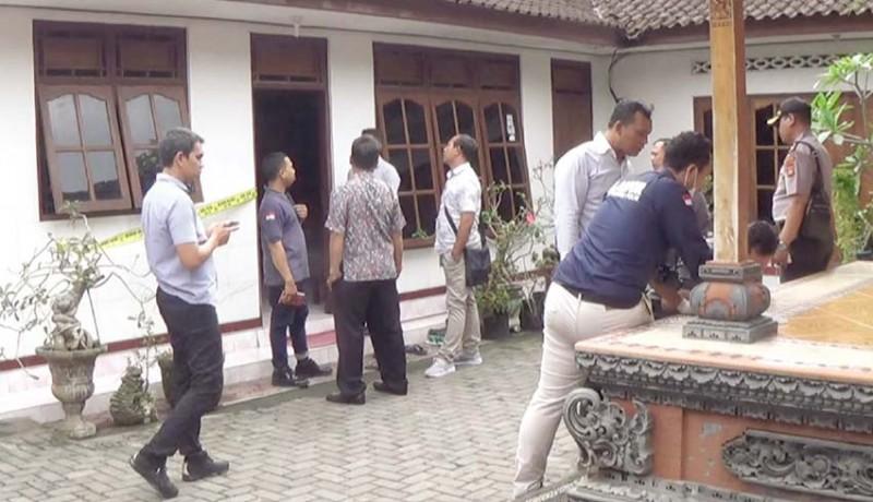 www.nusabali.com-tim-labfor-polda-bali-geledah-dapur-pedagang-nasi