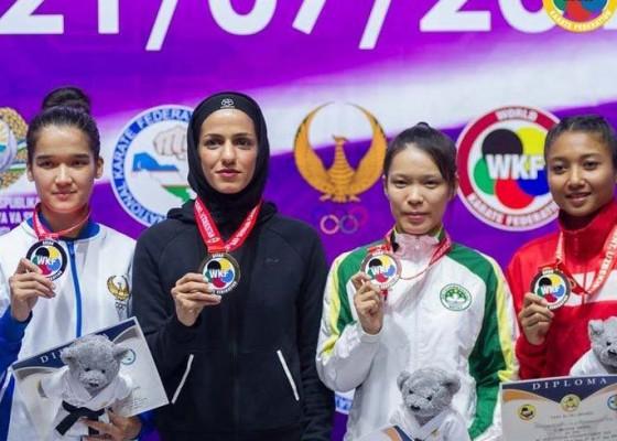 Nusabali.com - coki-sabet-perunggu-kejuaraan-akf-world-karate-2019