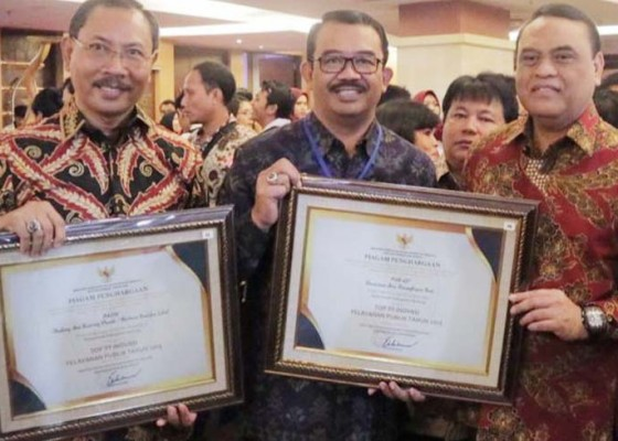 Nusabali.com - inovasi-batik-dan-fish-go-masuk-top-99-sinovik-badung-raih-penghargaan-dari-menteri-pan-rb