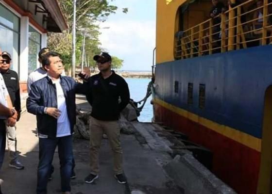 Nusabali.com - diminati-wisatawan-asing-bupati-akan-benahi-fasilitas-kapal-roro