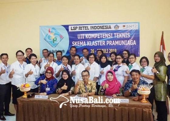 Nusabali.com - guru-produktif-pramuniaga-ikuti-uji-kompetensi-teknis