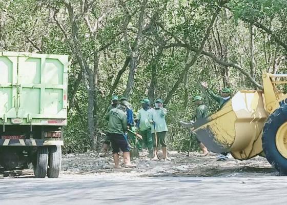 Nusabali.com - dinas-lhk-siapkan-uang-tunai-untuk-informasi-pembuang-sampah