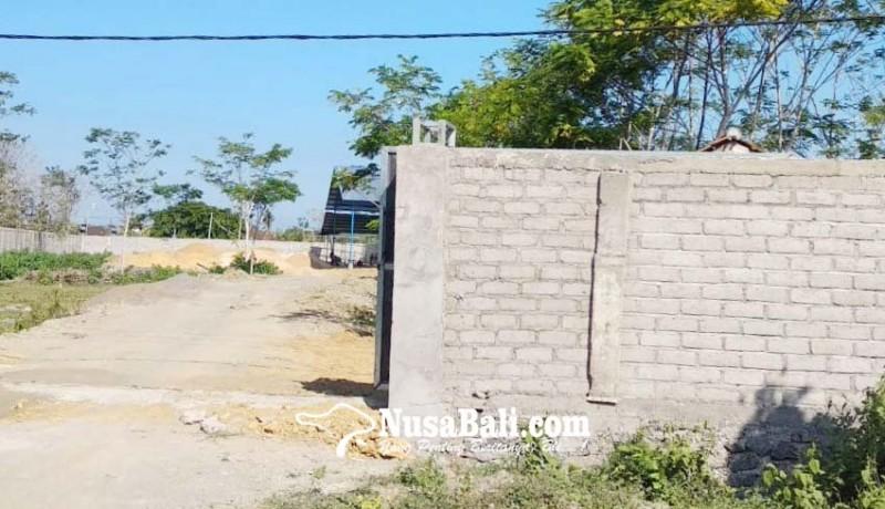 www.nusabali.com-dipertanyakan-bangunan-pabrik-di-sebelah-puskesmas-ii-negara