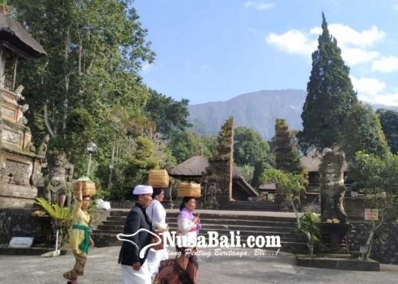 Nusabali.com - tari-rejang-renteng-tak-diperkenankan-tampil-saat-pujawali