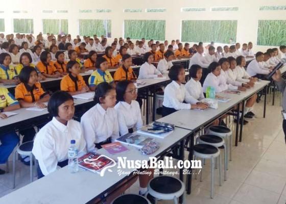 Nusabali.com - smkn-bali-mandara-jalankan-bright-character-building