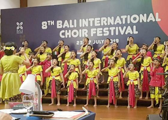 Nusabali.com - satukan-anak-lintas-agama-raih-medali-emas