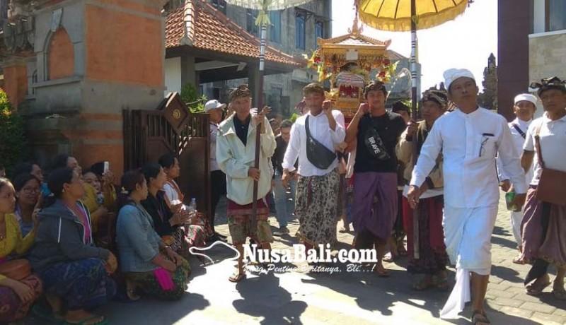 www.nusabali.com-krama-pakudui-kangin-pundut-pratima-ke-pn-gianyar