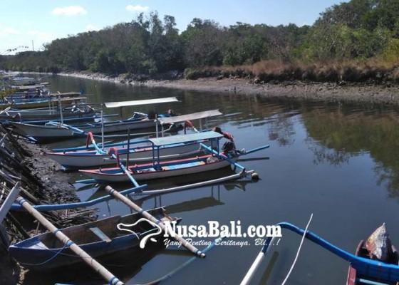 Nusabali.com - hari-ini-jukung-nostalgia-siap-antar-pemedek-menuju-pura-sakenan