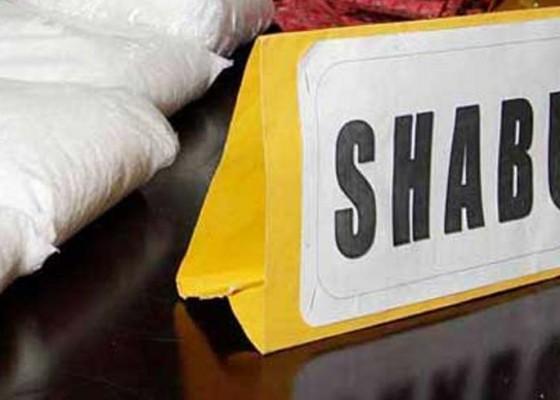 Nusabali.com - bawa-shabu-9-gram-dituntut-13-tahun