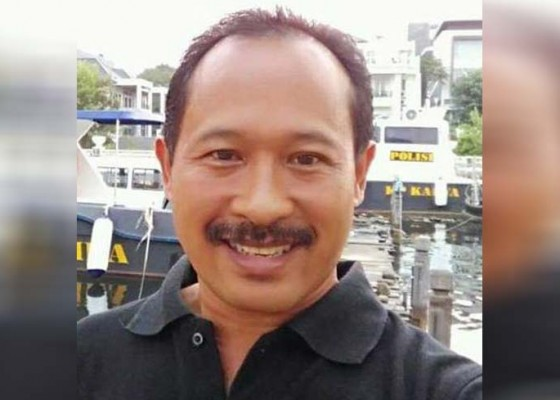 Nusabali.com - jilat-ludah-sendiri-togog-terancam-lengser