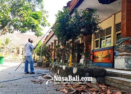 Nusabali.com - 317-siswa-ikuti-pbm-di-2-sekolah-terdekat