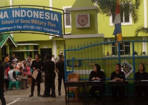 Nusabali.com - sma-taruna-palembang-dibekukan-1-tahun