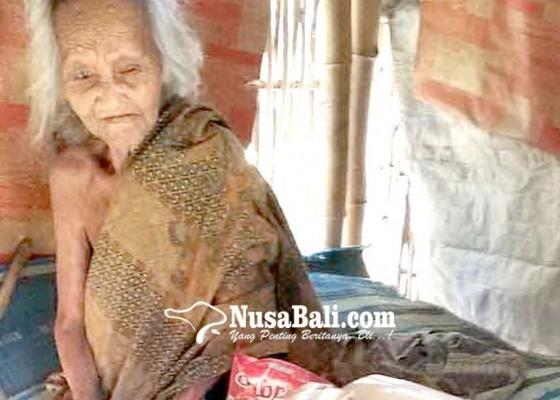 Nusabali.com - relawan-bantu-lansia-dan-penderita-lumpuh