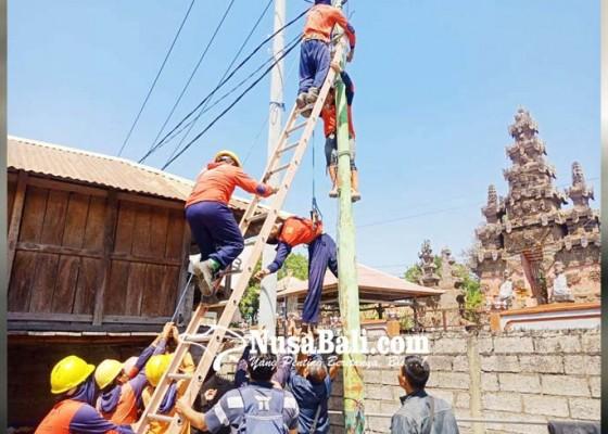 Nusabali.com - tukang-listrik-tewas-tersetrum