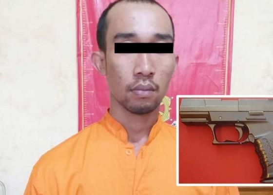 Nusabali.com - todongkan-pistol-pengunjung-kafe-dipolisikan
