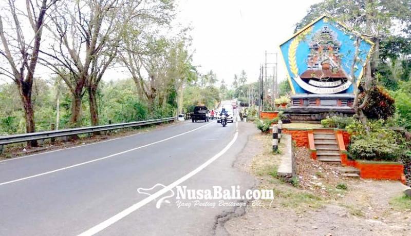 www.nusabali.com-tebing-tusan-dipasangi-saluran-air