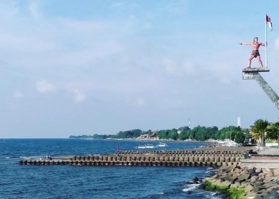 Nusabali.com - asyiknya-wisata-sejarah-eks-di-pelabuhan-singaraja