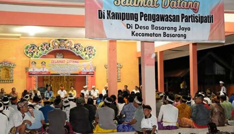 www.nusabali.com-wabup-kasta-temui-transmigran-di-kalteng