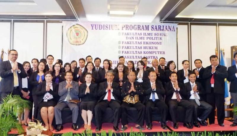 www.nusabali.com-uti-siap-wisuda-151-mahasiswa