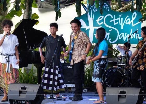 Nusabali.com - festival-tepi-sawah-aneka-workshop-bertema-budaya-indonesia