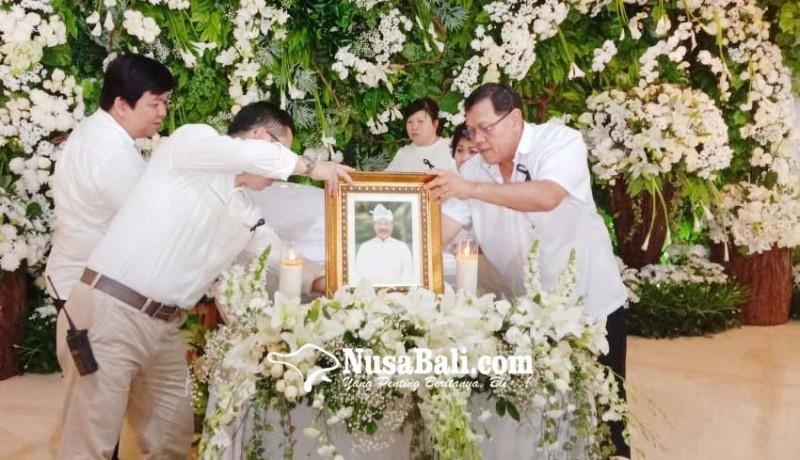 www.nusabali.com-alfrans-bambang-akan-dimakamkan-di-kuburan-kerta-semadi-mumbul-nusa-dua
