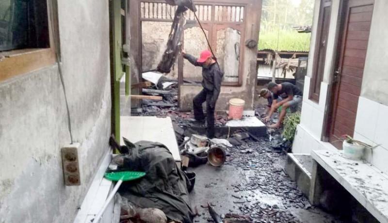 www.nusabali.com-dapur-terbakar-kerugian-ditaksir-rp-50-juta
