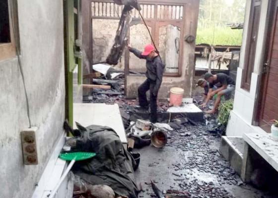 Nusabali.com - dapur-terbakar-kerugian-ditaksir-rp-50-juta